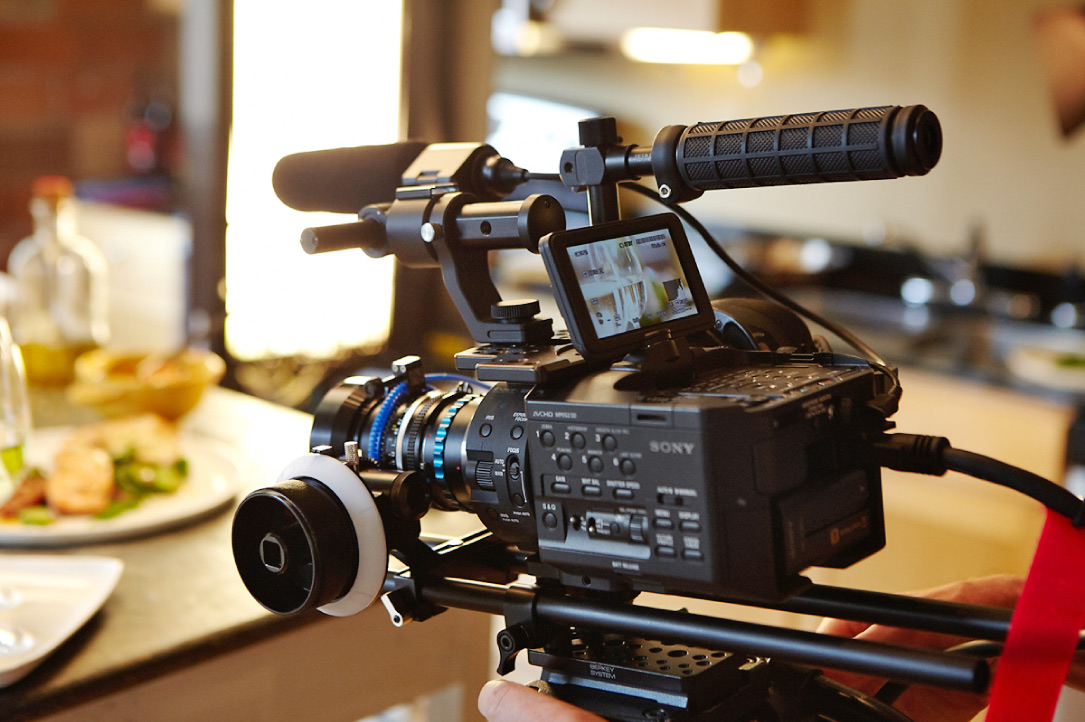 Sony FS100 Review